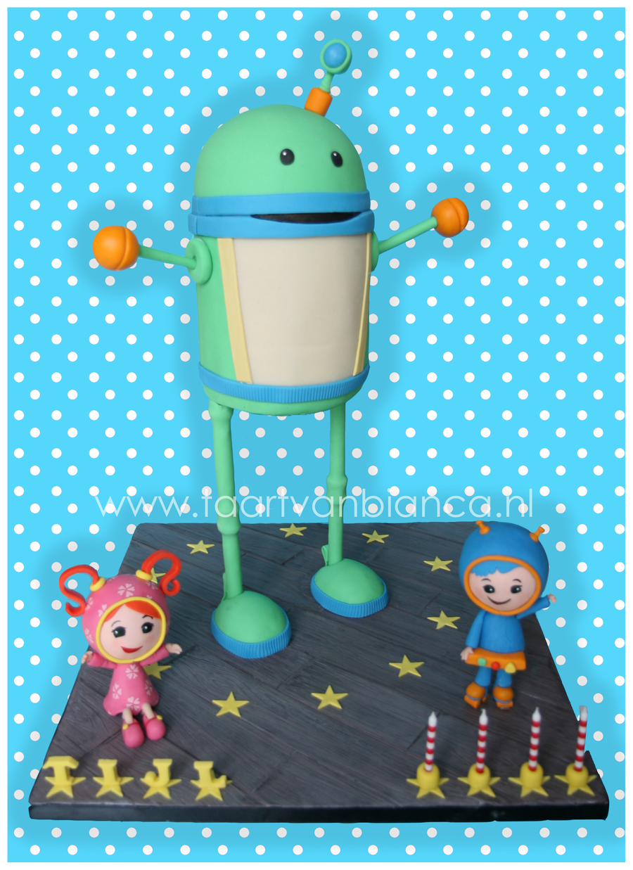 Umizoomi Cake  on Cake Central