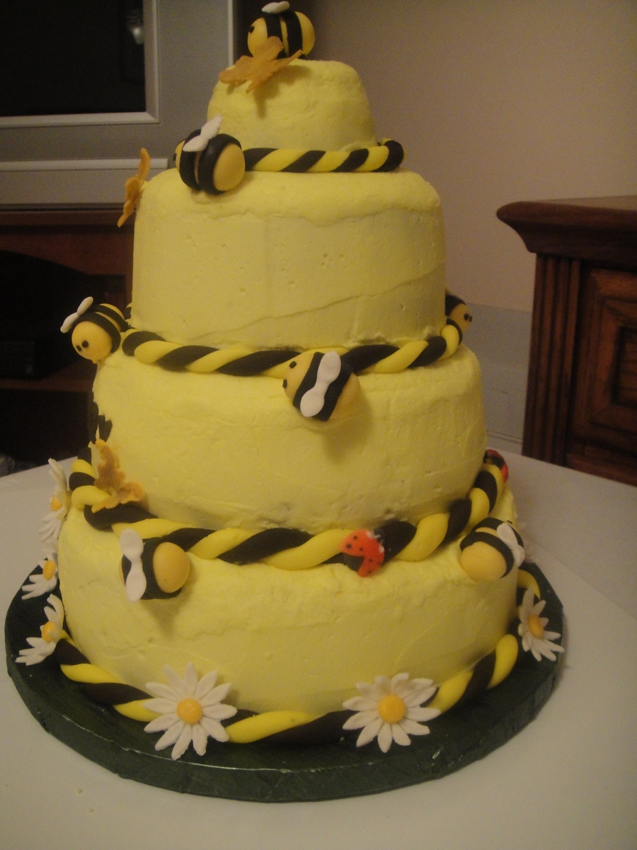 Honey Bee Cake Cakecentral Com