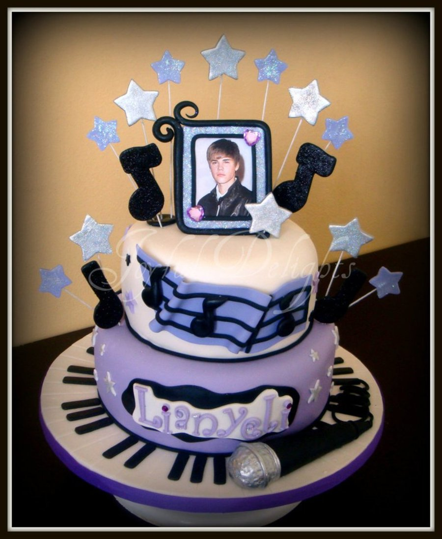 Justin Bieber Mania  on Cake Central