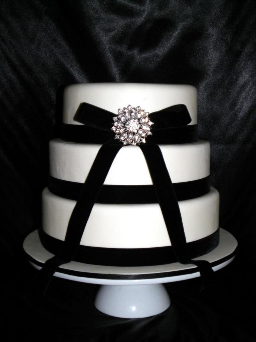 Black & White Brooch Wedding Cake on Cake Central