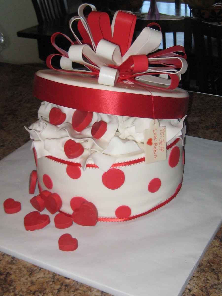 Box Of Hearts on Cake Central