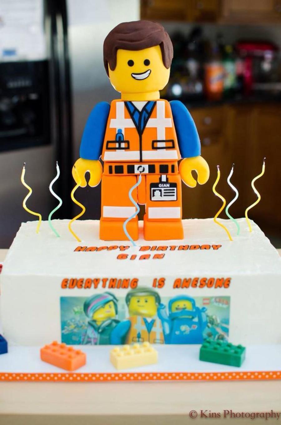 Lego Movie Themed Cake Cakecentral Com
