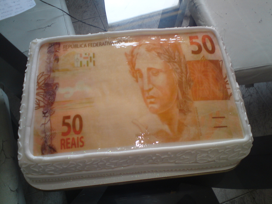 Nota De Cinquenta Reais on Cake Central