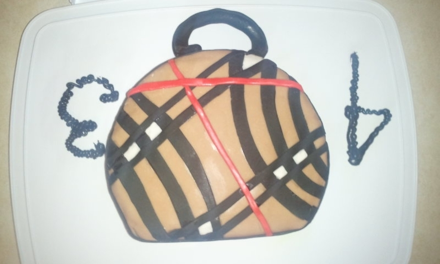 Cake With Buttercream Icing Storage : First Time Try With Fondant I Made This Cake For My ...