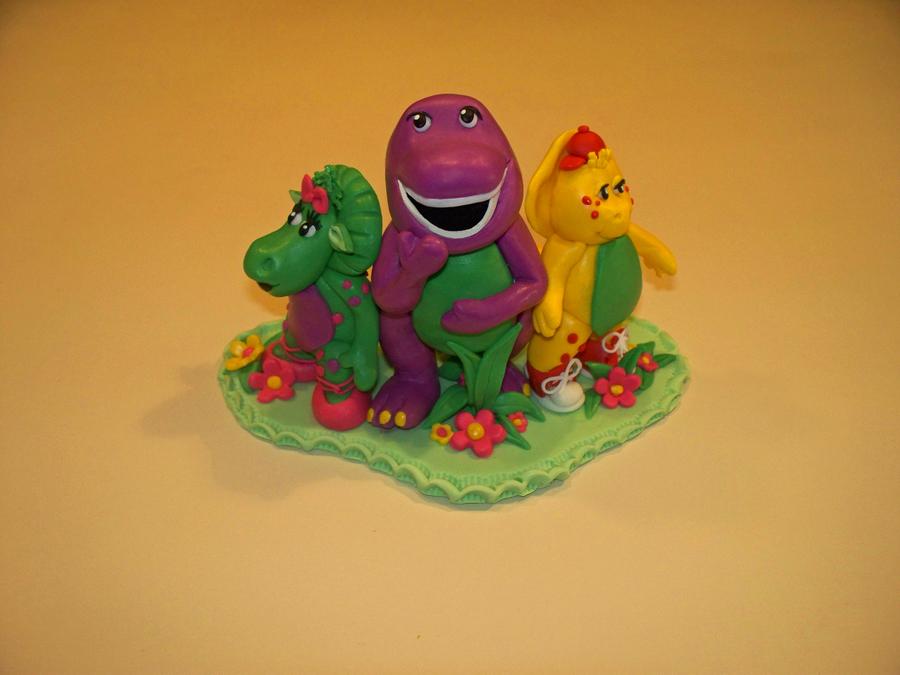Fondant Barney Amp Friends Cake Topper Cakecentral Com