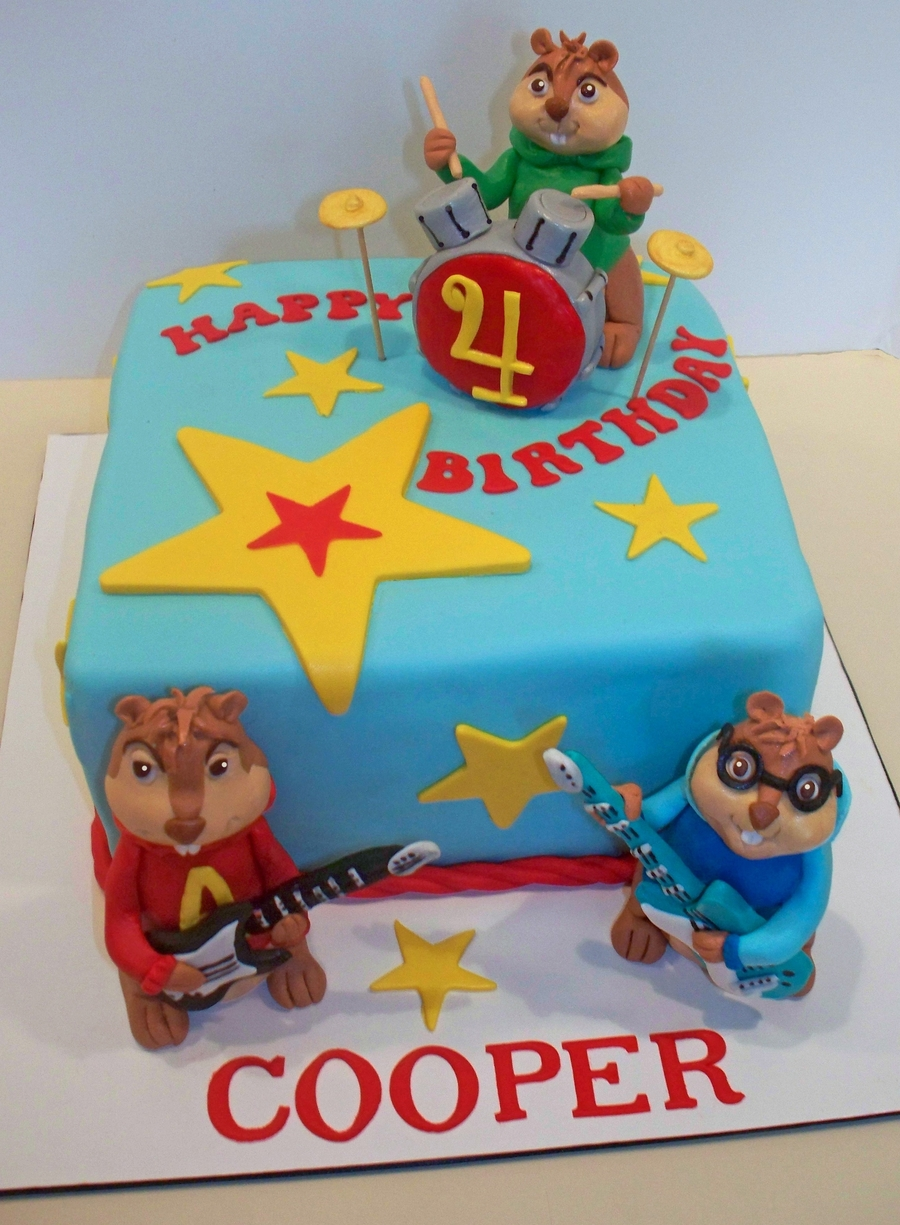 Swell Alvin And The Chipmunks Cake Cakecentral Com Funny Birthday Cards Online Sheoxdamsfinfo