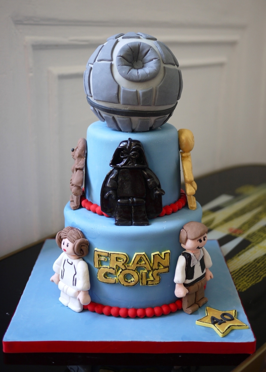 Images Of A Star Wars Cake : Lego Star Wars Cake - CakeCentral.com