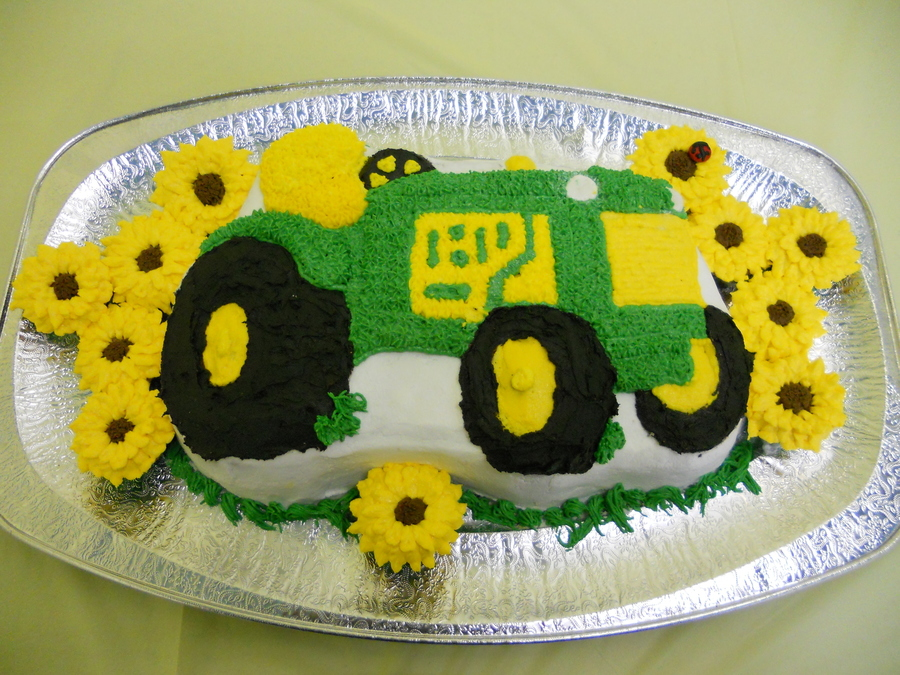 Girls Like Tractors Too!  on Cake Central