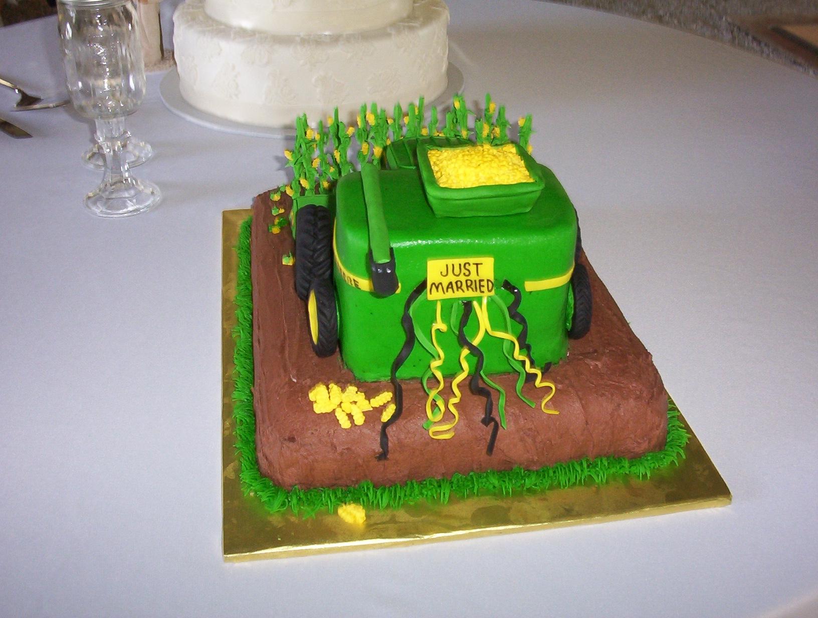 John Deere Corn Combine Groom S Cake Cakecentral Com
