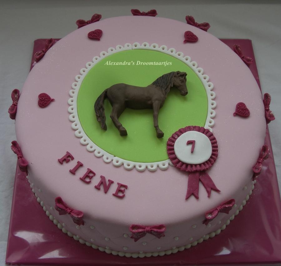 Horse Birthday Cake Girl CakeCentralcom