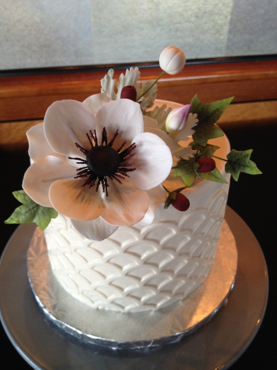 Cute Little Wedding Cake With Sugar Anemone Leaves And Buds I Used One Of The Marvelous Molds Onlays For The Sides on Cake Central