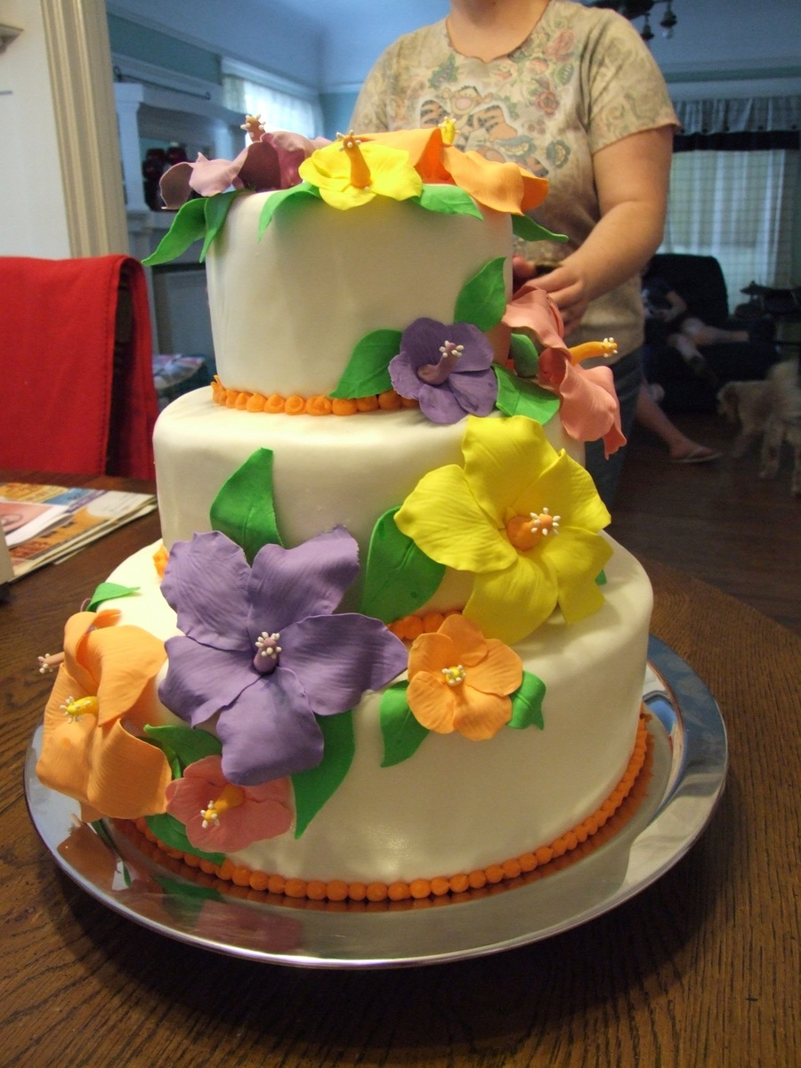 Astounding Luau Birthday Cake Cakecentral Com Funny Birthday Cards Online Inifodamsfinfo