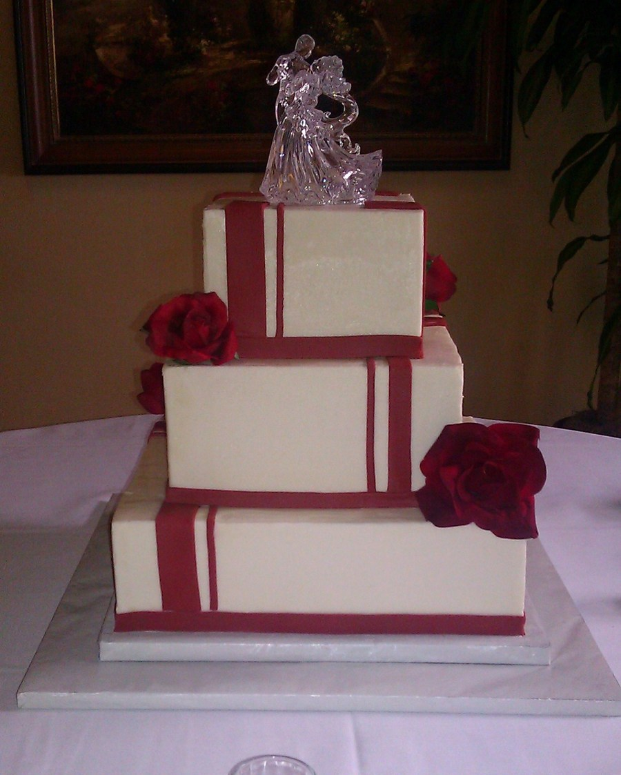 red and white square wedding cakes and white striped square wedding cake cakecentral 19094