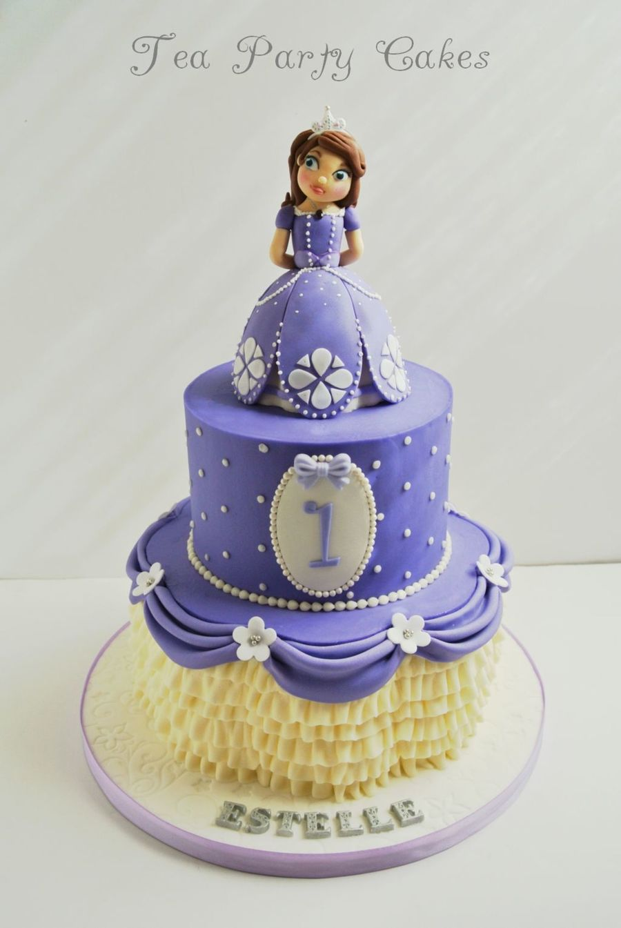 Sweet Sofia Cake Design Verona : Princess Sophia The First - CakeCentral.com