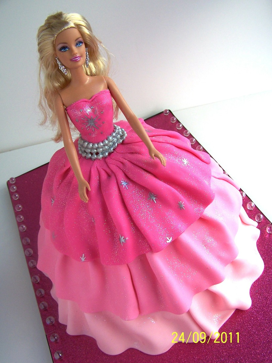 Barbie Quot A Fashion Fairytale Quot Cake Ii Cakecentral Com