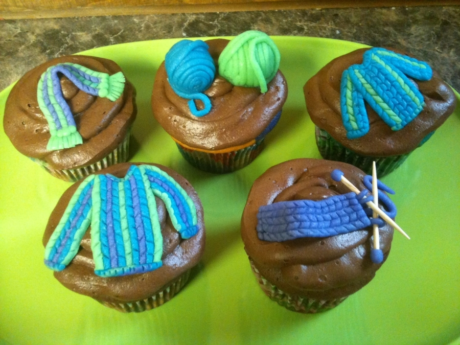 Knitted Cupcakes! on Cake Central