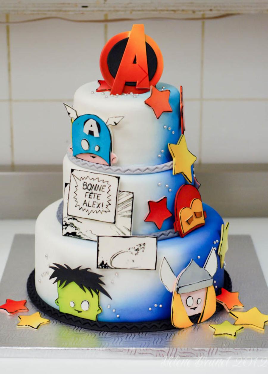 Stupendous Avengers Birthday Cake Cakecentral Com Funny Birthday Cards Online Drosicarndamsfinfo
