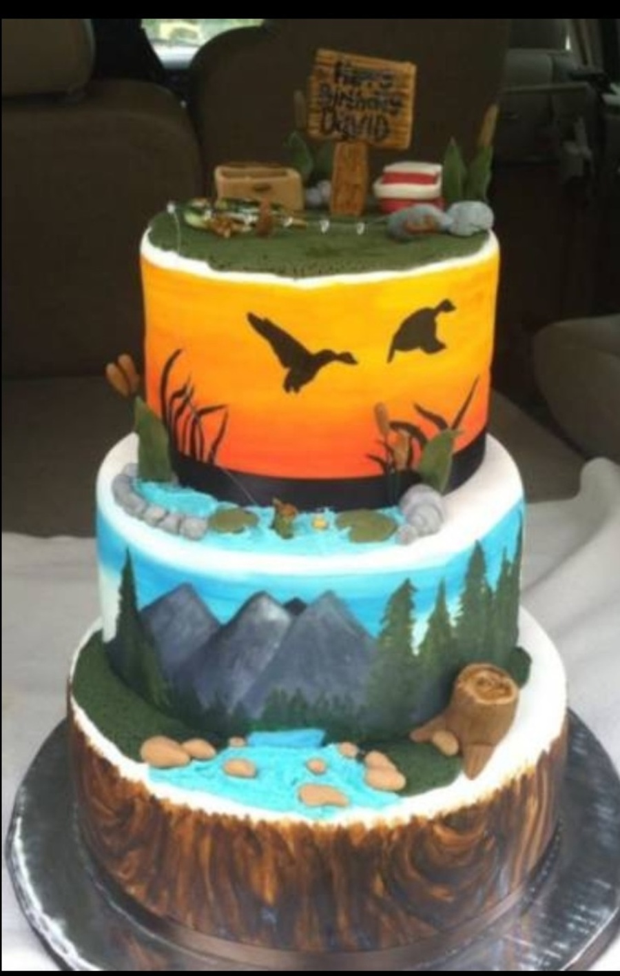 Hunting and fishing cake for Fishing themed cakes