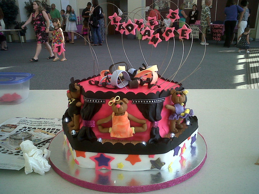 2011 Seven Lakes Dance Cake on Cake Central
