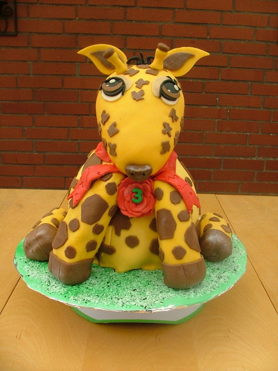 Baby Giraffe on Cake Central