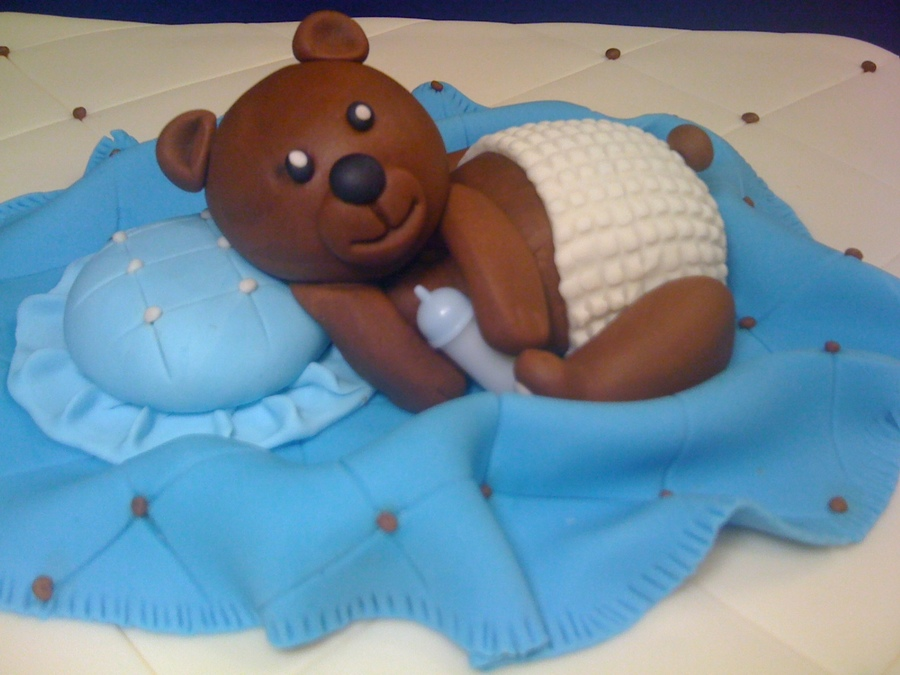 Bear In Fondant on Cake Central