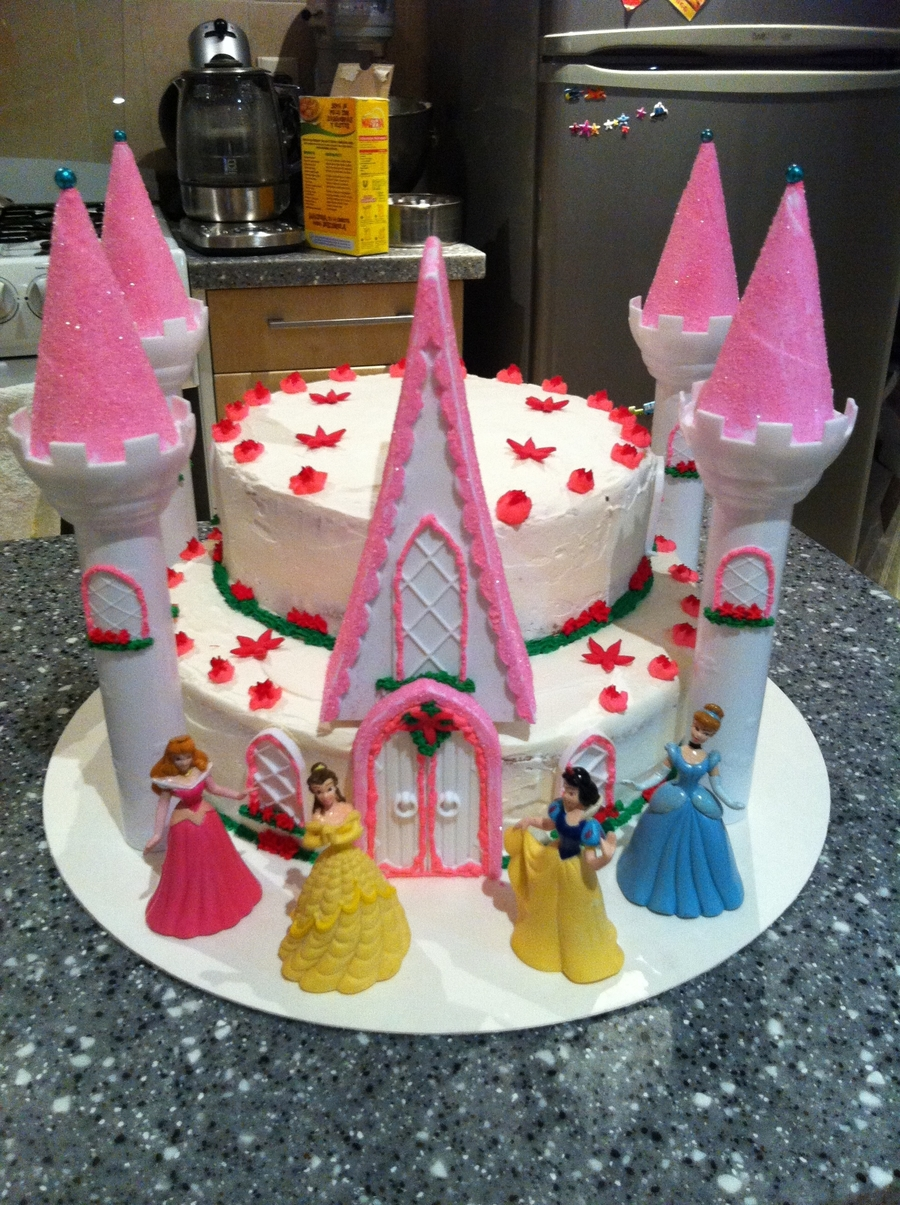 Wilton Romantic Castle  on Cake Central