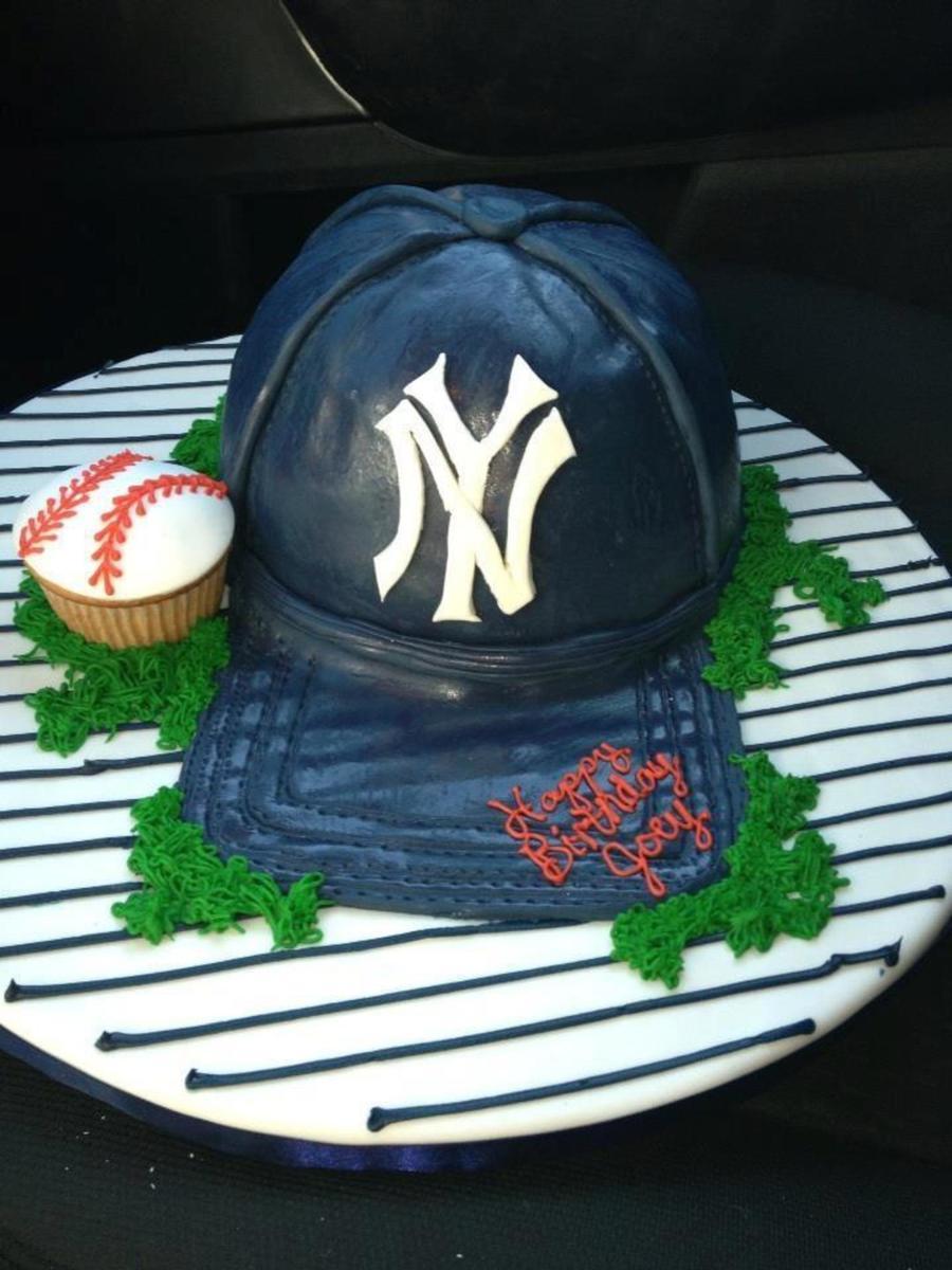 Phenomenal Yankee Hat Birthday Cake For Little Boys Birthday Cakecentral Com Personalised Birthday Cards Veneteletsinfo