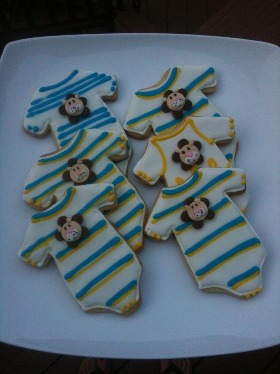 Lion Onesies on Cake Central