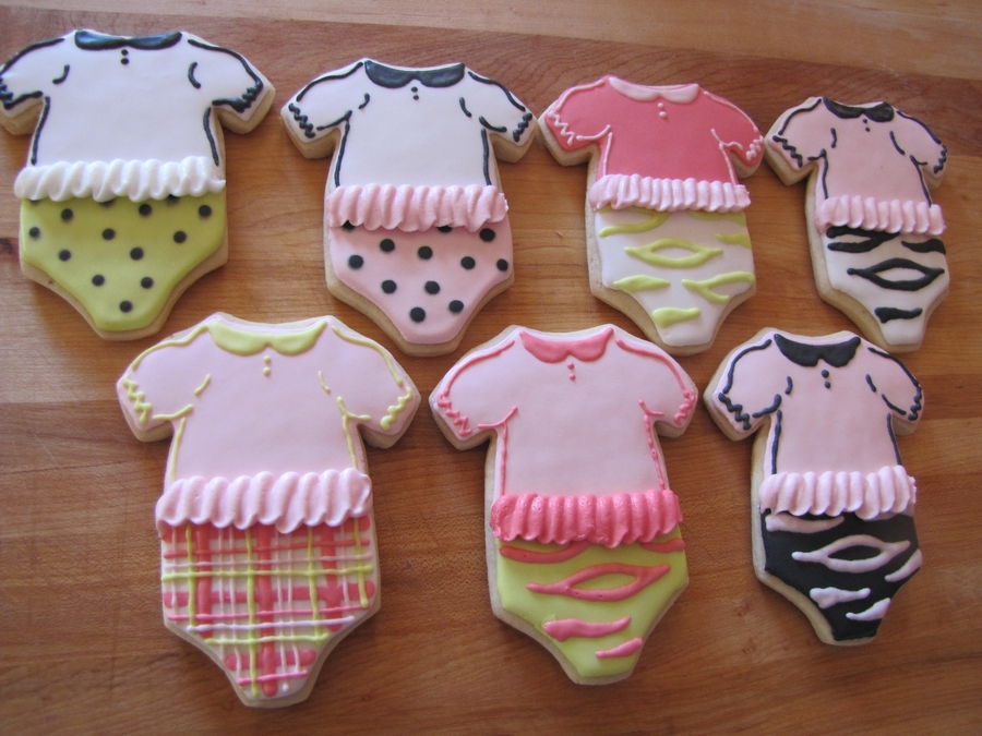 Baby Girl Outfits on Cake Central