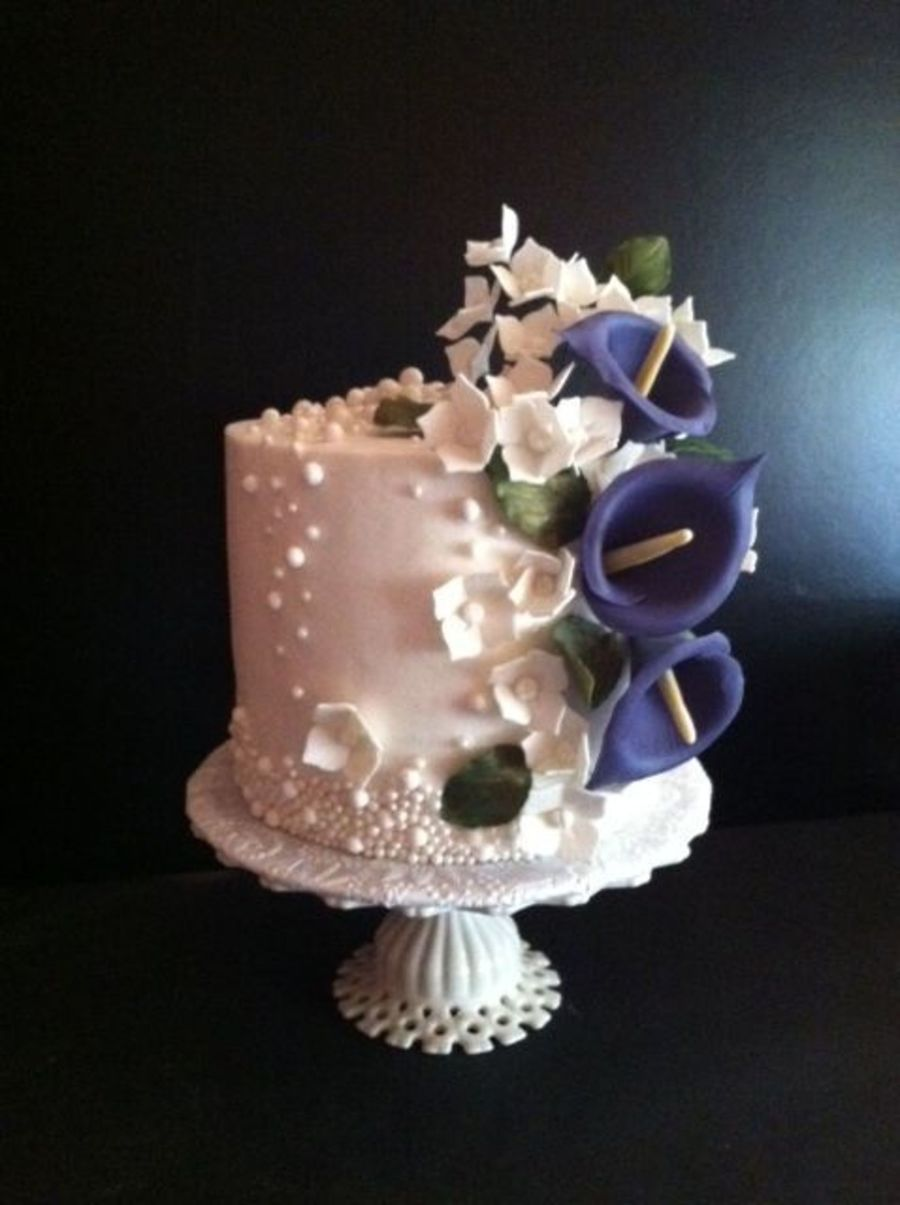 Pearls Lilies 30th Wedding Anniversary Cakecentral Com