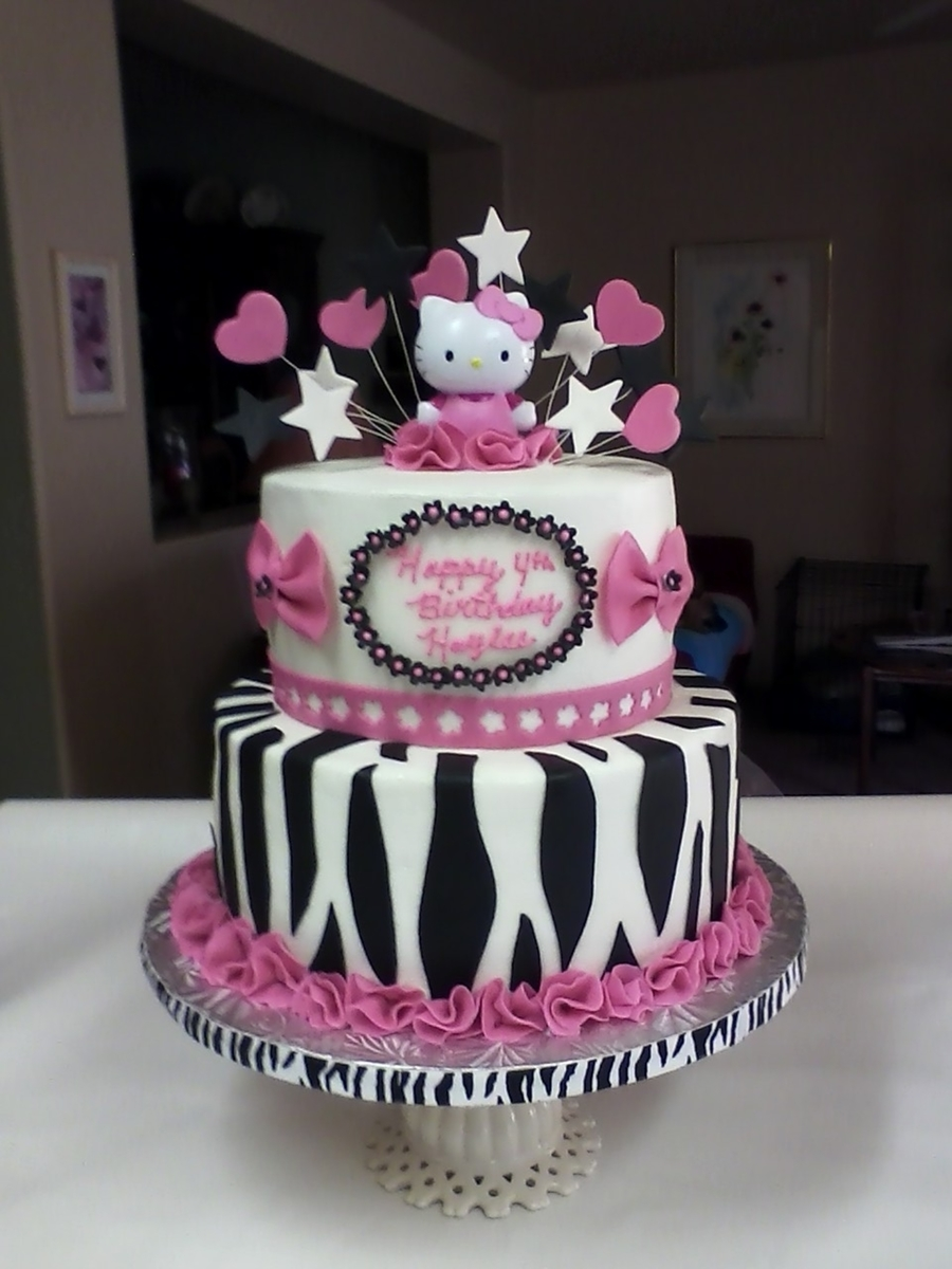 Haylee's Hello Kitty on Cake Central