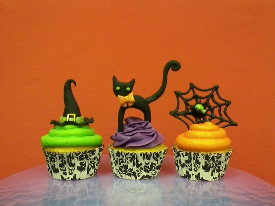 Holloween Cupcakes on Cake Central
