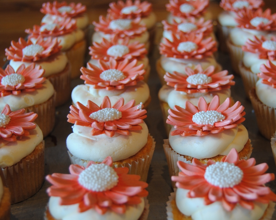 Sweet Cupcakes For A Sweet 90Th Birthday on Cake Central