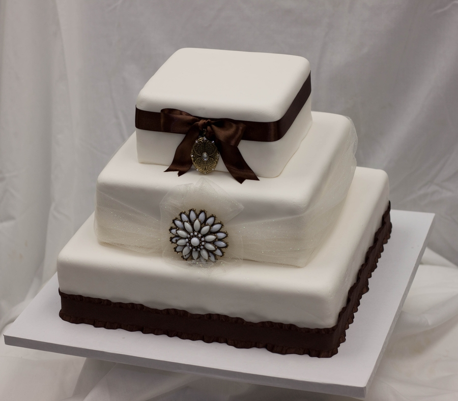 Antique Broche Wedding Cake  on Cake Central