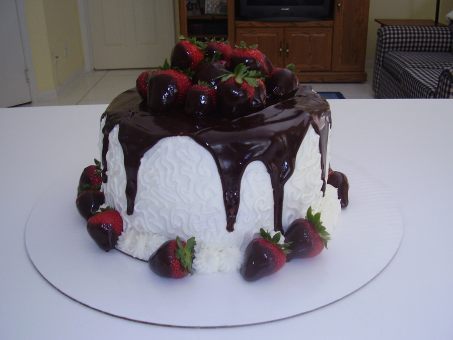 Strawberries 'n Ganache on Cake Central