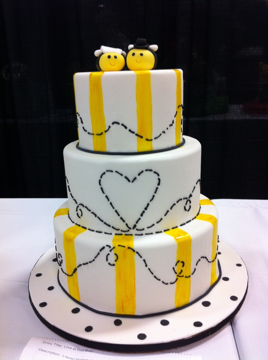 Love At First Buzzzz on Cake Central