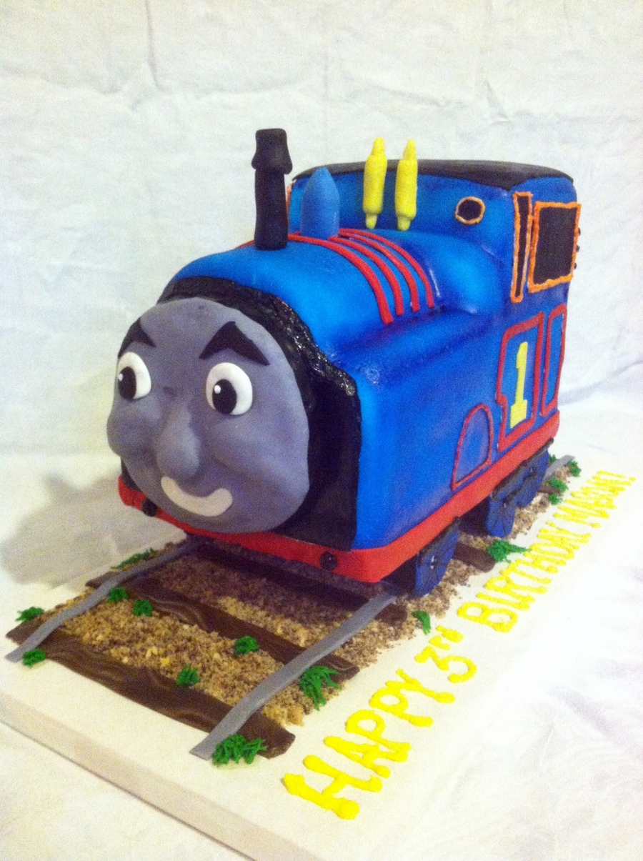 Thomas on Cake Central