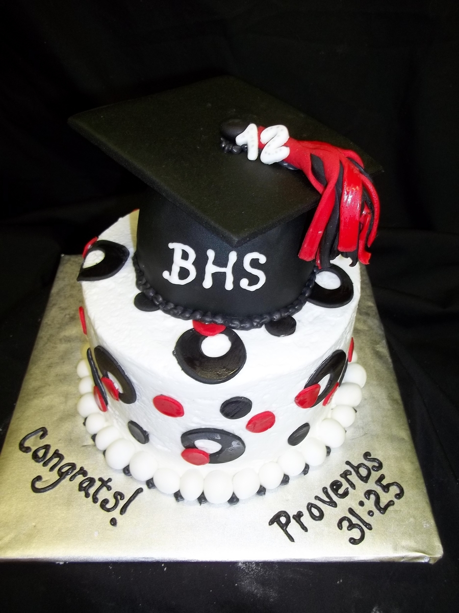 Small Grad Cake on Cake Central