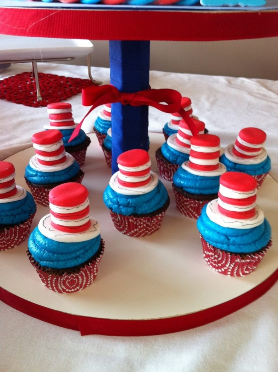 Cat In The Hat Cupcakes on Cake Central