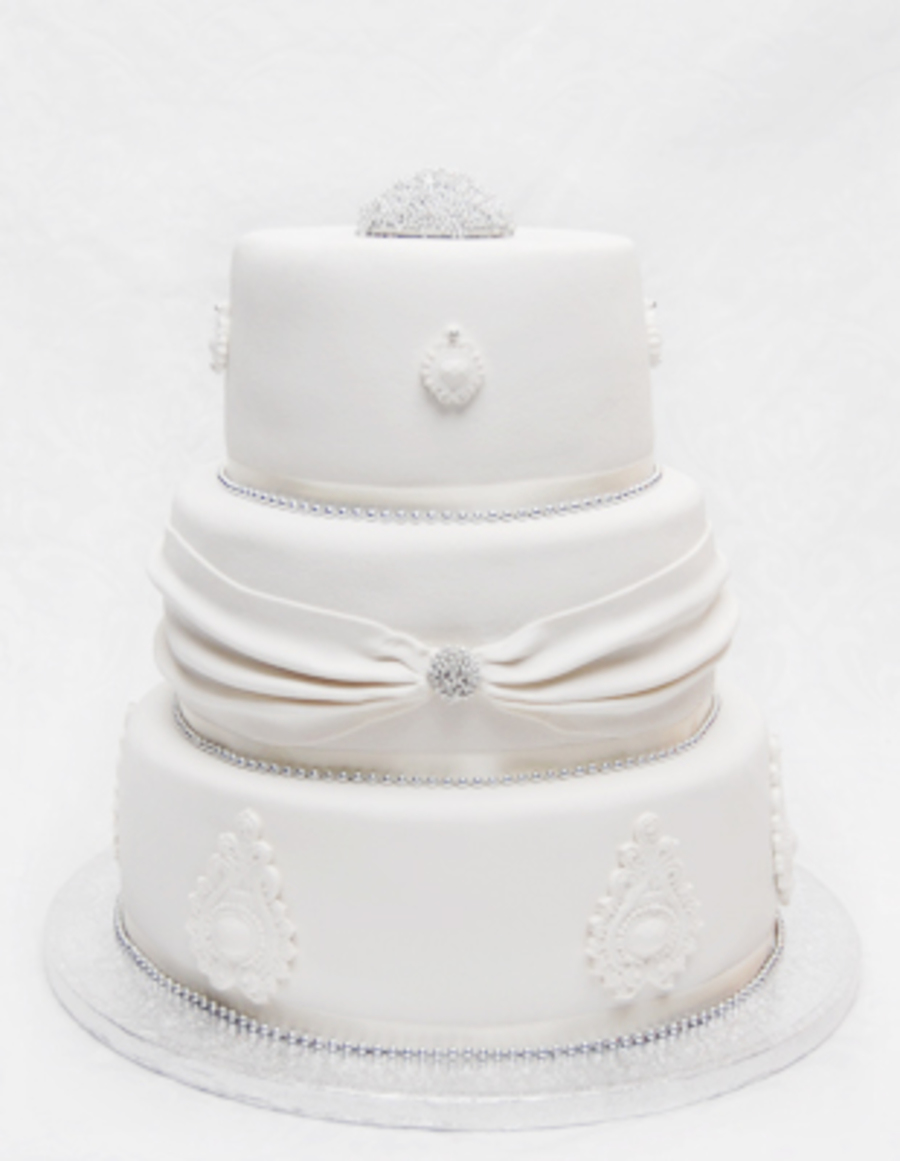 White And Silver. on Cake Central