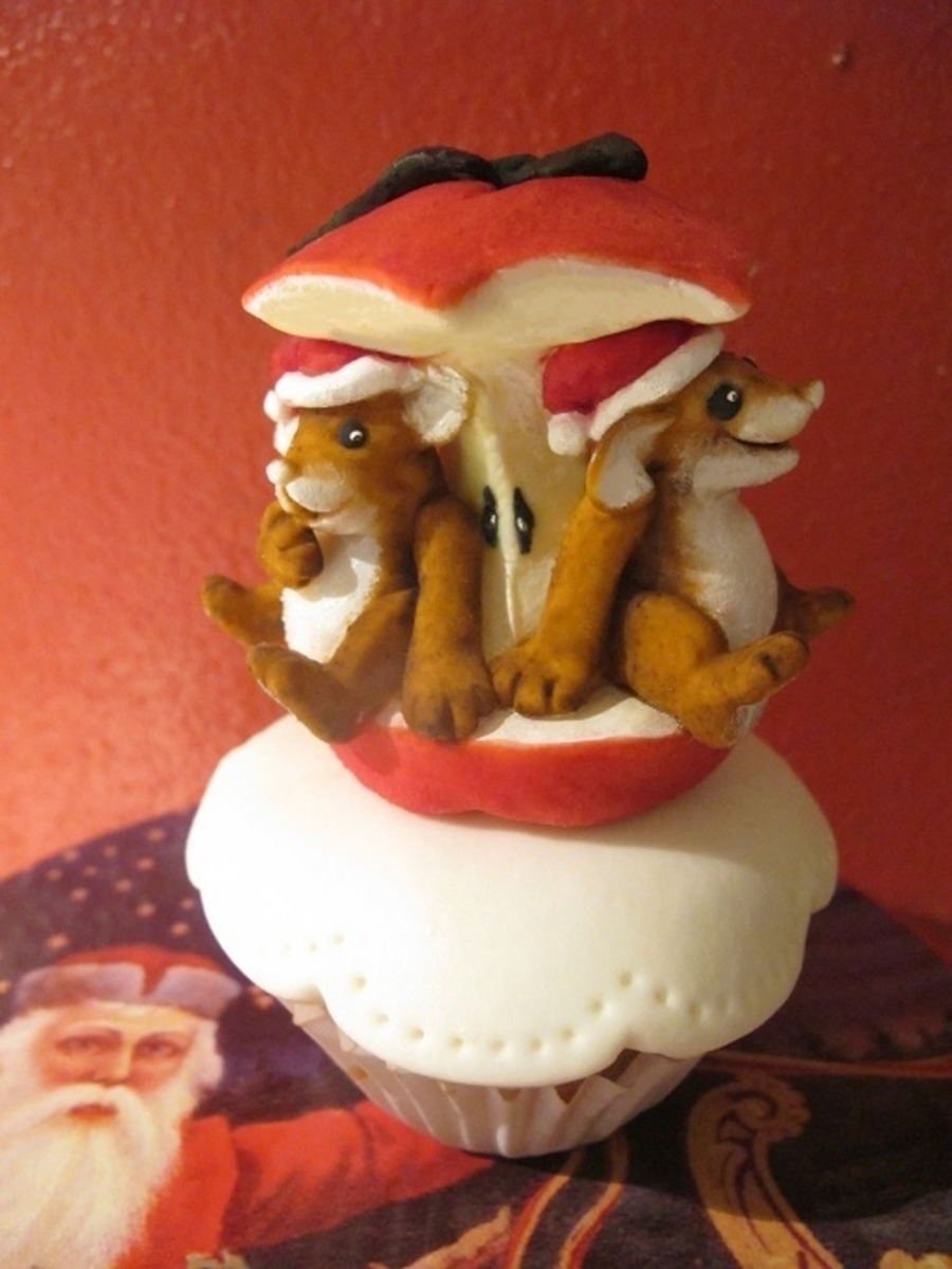 Sweet Christmas Mice on Cake Central