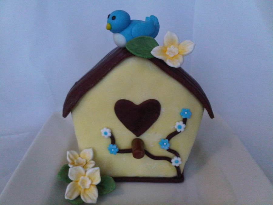 Lil Bird House on Cake Central