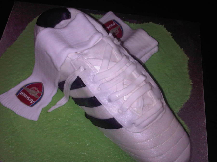 Soccer Boots on Cake Central