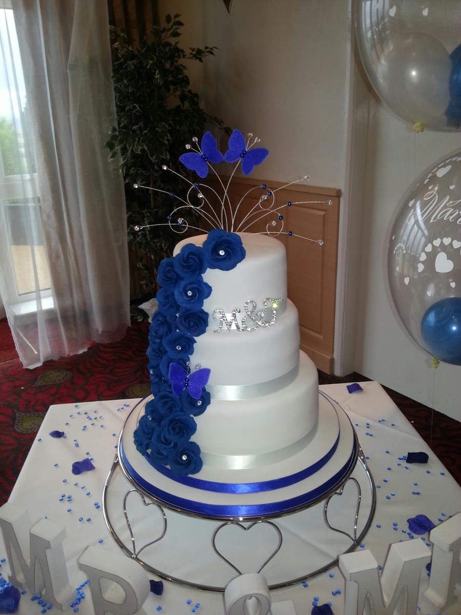 Royal Blue Rose Cascade on Cake Central