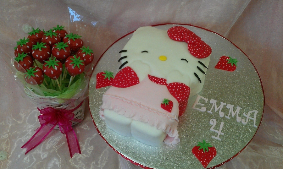 Strawberry Hello Kitty on Cake Central