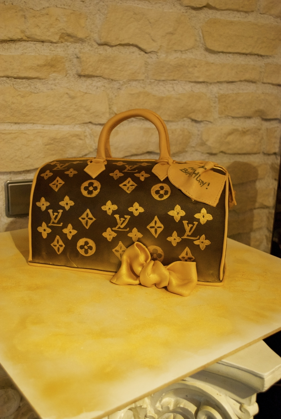 Louis Vuitton Speedy30 on Cake Central