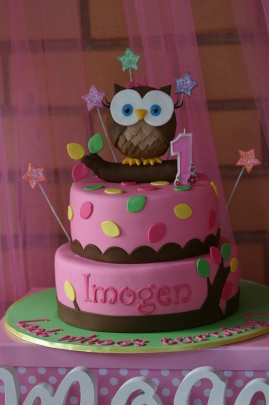 Look Whoo S Tunring 1 Girly Owl Cake Cakecentral Com