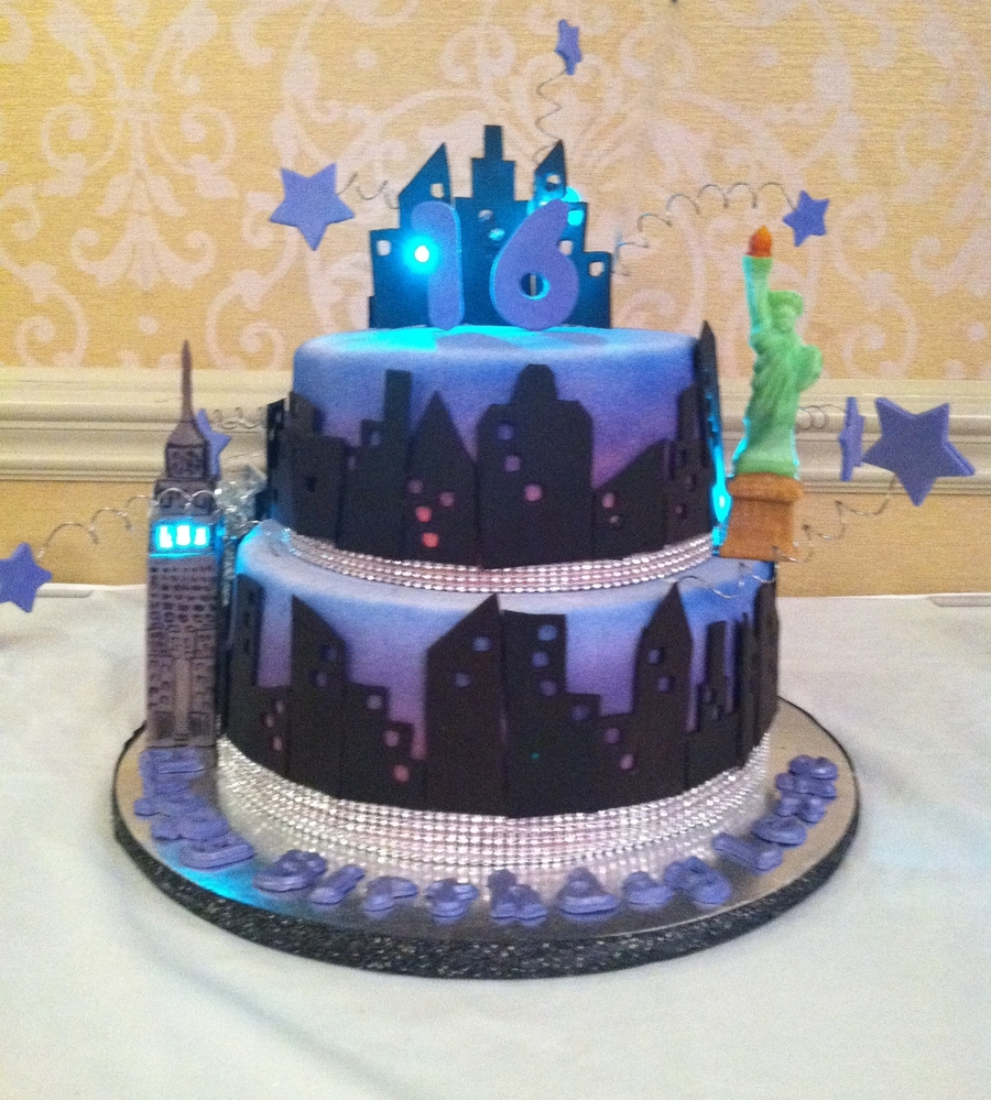 New York Themed Cake Decorations