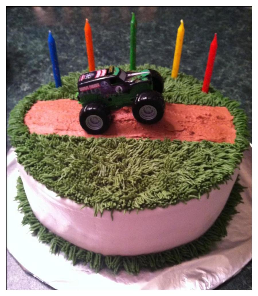 Grave Digger on Cake Central
