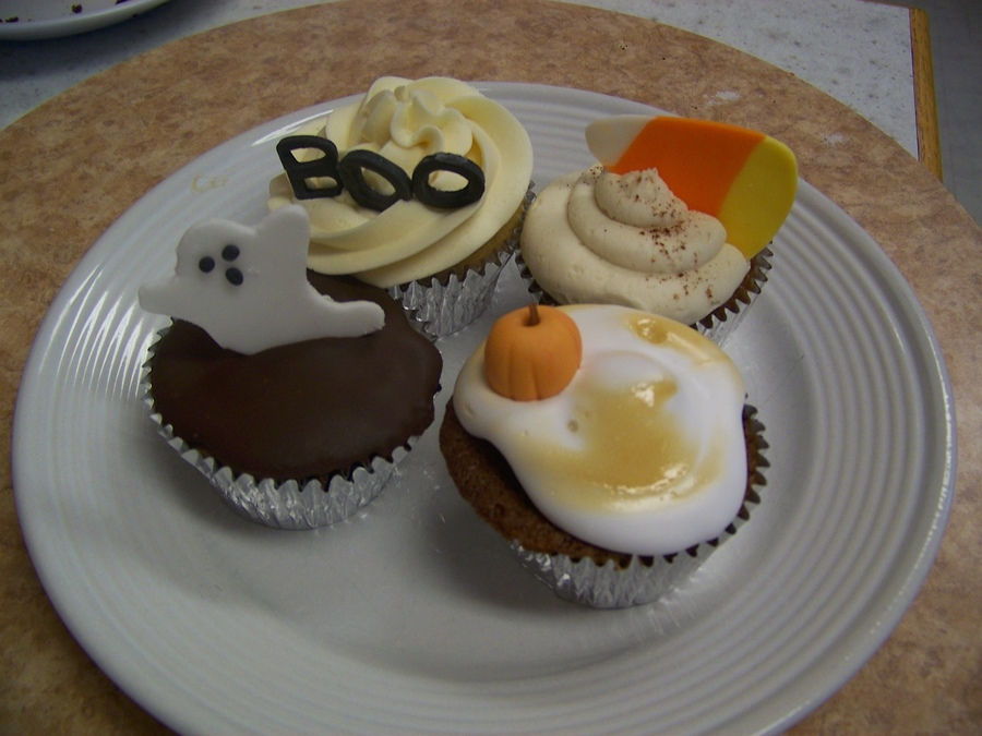 Cupcakes For Halloween Birthday  on Cake Central